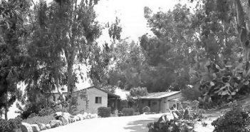 The Sandstone Retreat - Swinger Retreat