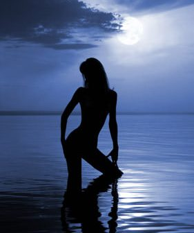 sexy-beach-silhouette