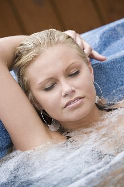 sexy hot tub Desire Chronicles   The Joys of Wet Platinum